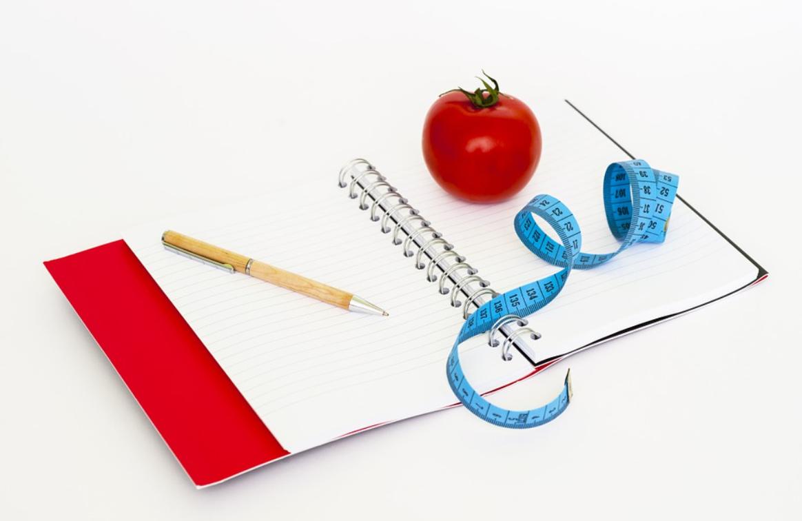 jídlo a zápisník