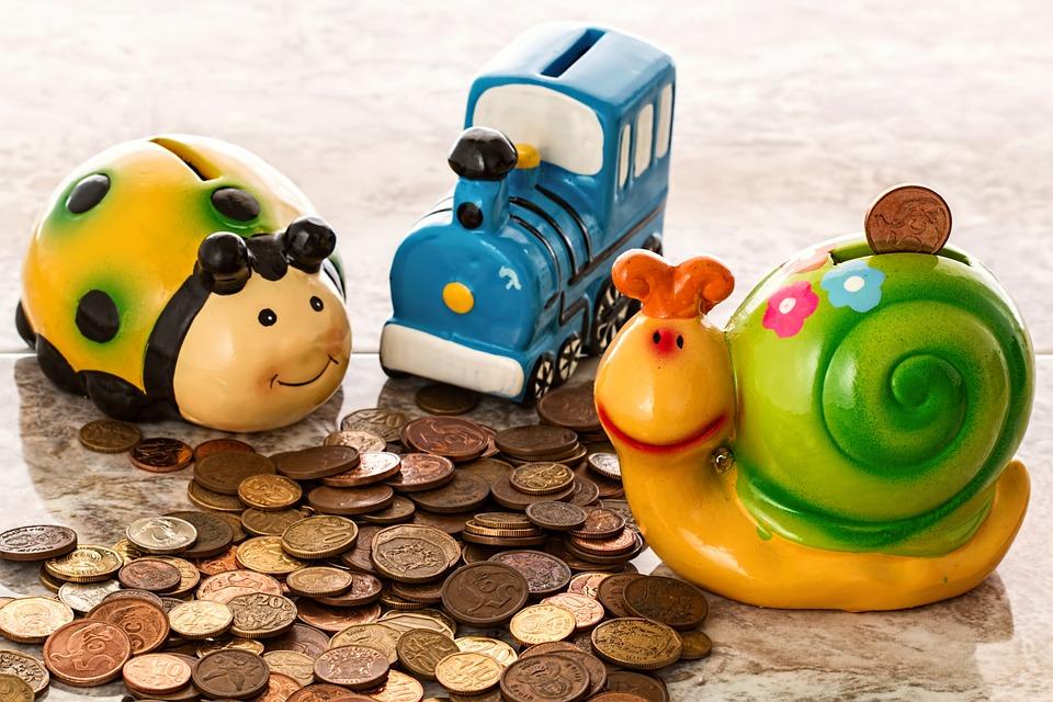 kasička a peníze