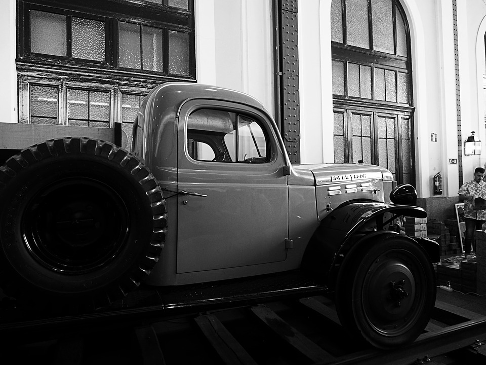 starý náklaďák